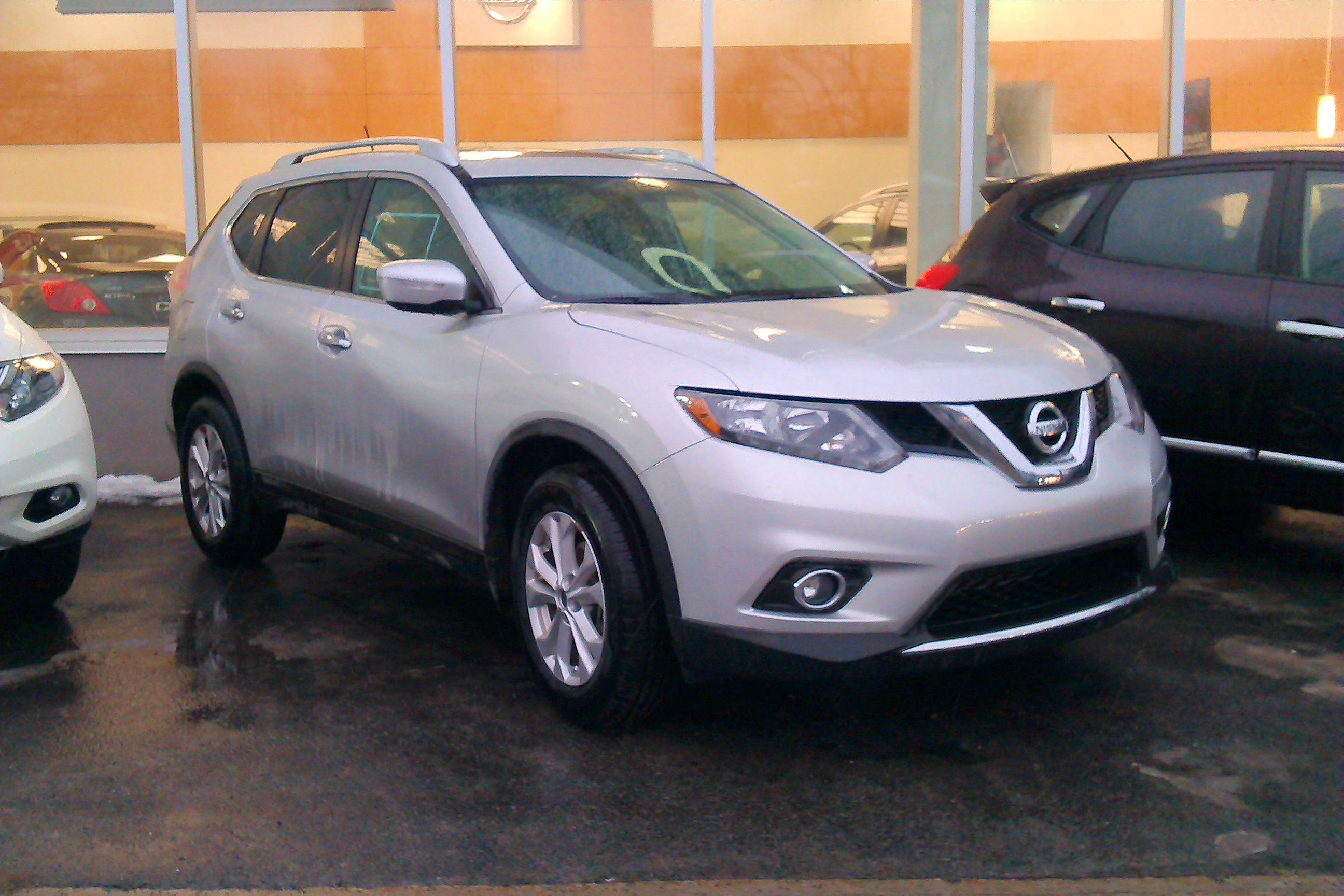 File 2014 15 Nissan Rogue Montreal Qc Canada Jpg