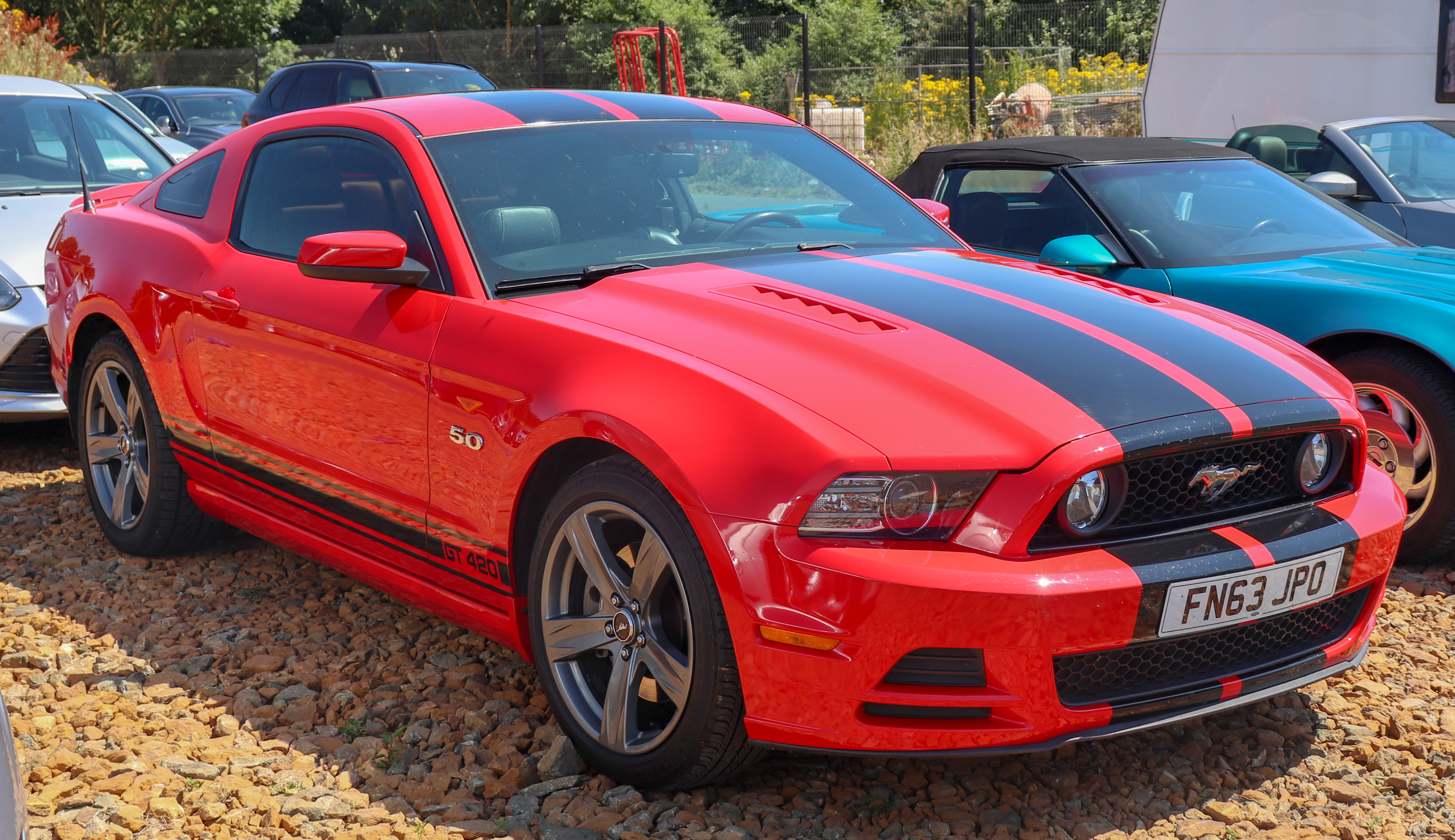 File:2014 Ford Mustang GT Automatic 5.0 Front.jpg - Wikimedia Commons