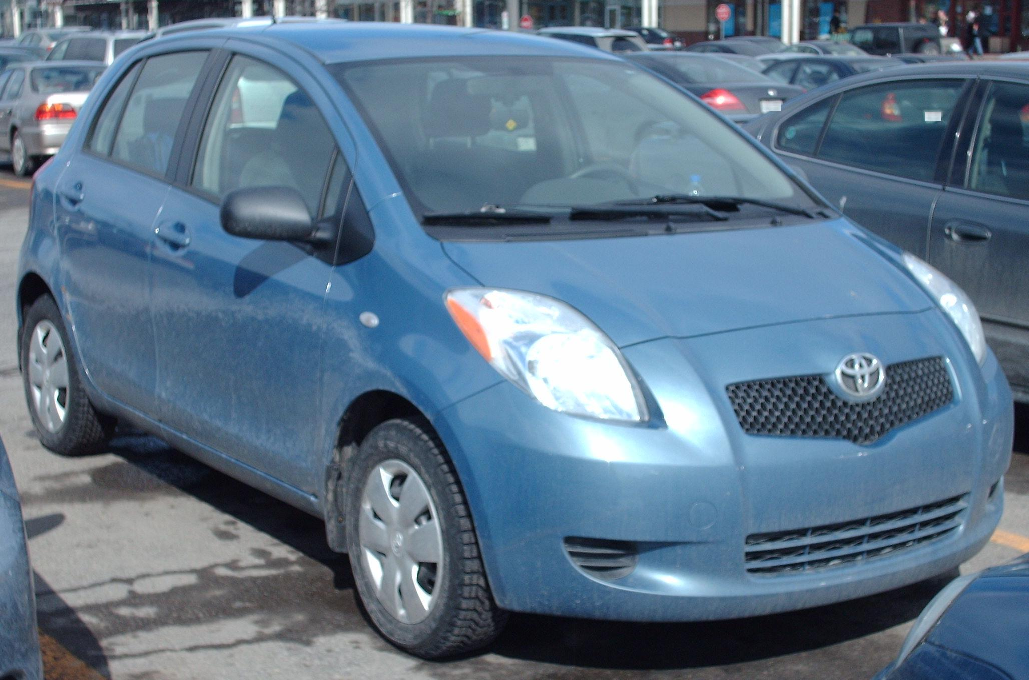 File 2nd Gen Yaris 4 Door Jpg Wikimedia Commons