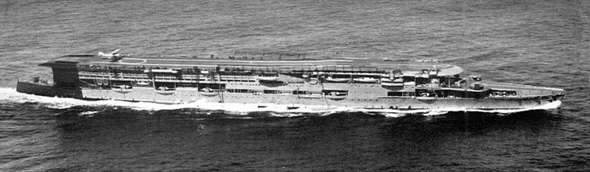 Aircraft_carrier_HMS_Furious_(Warships_T