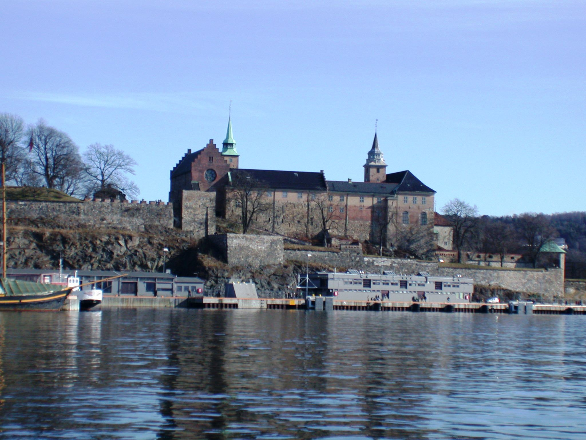File Akershus castle Oslo Norway 005 on true