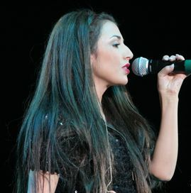 Aundrea Fimbres American singer