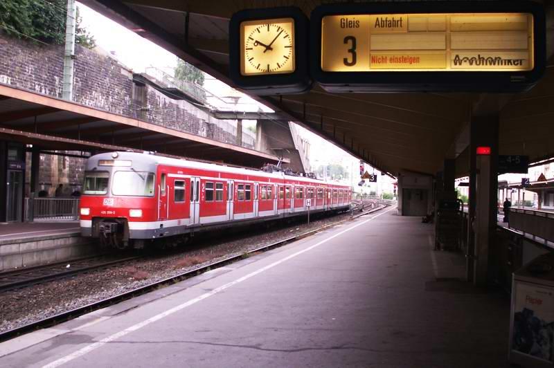 Bahnhof Wuppertal HBF.jpg