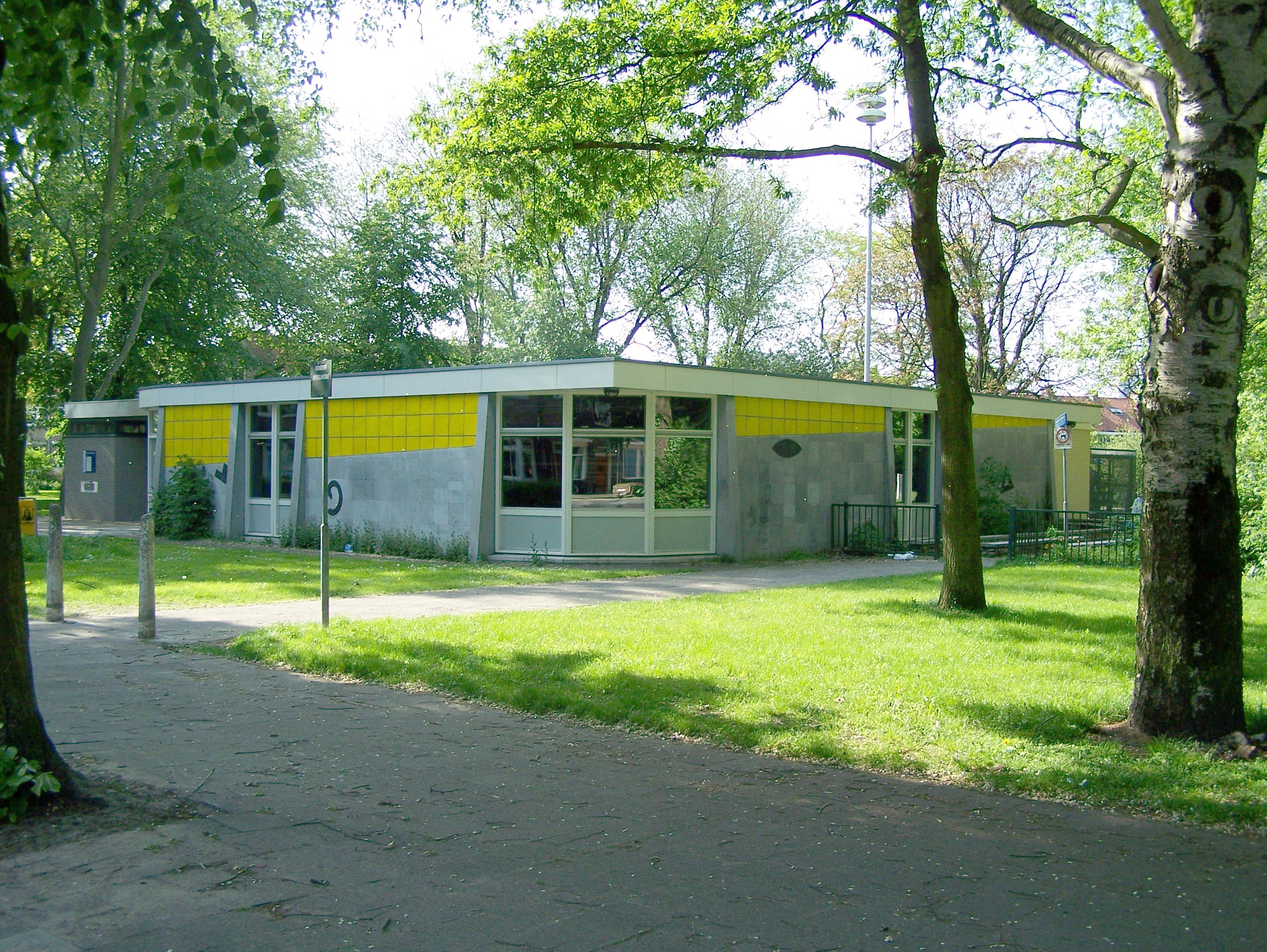 Bibliotheek tuinwijk blijft in tuinwijk sp utrecht - Idee bibliotheek ...