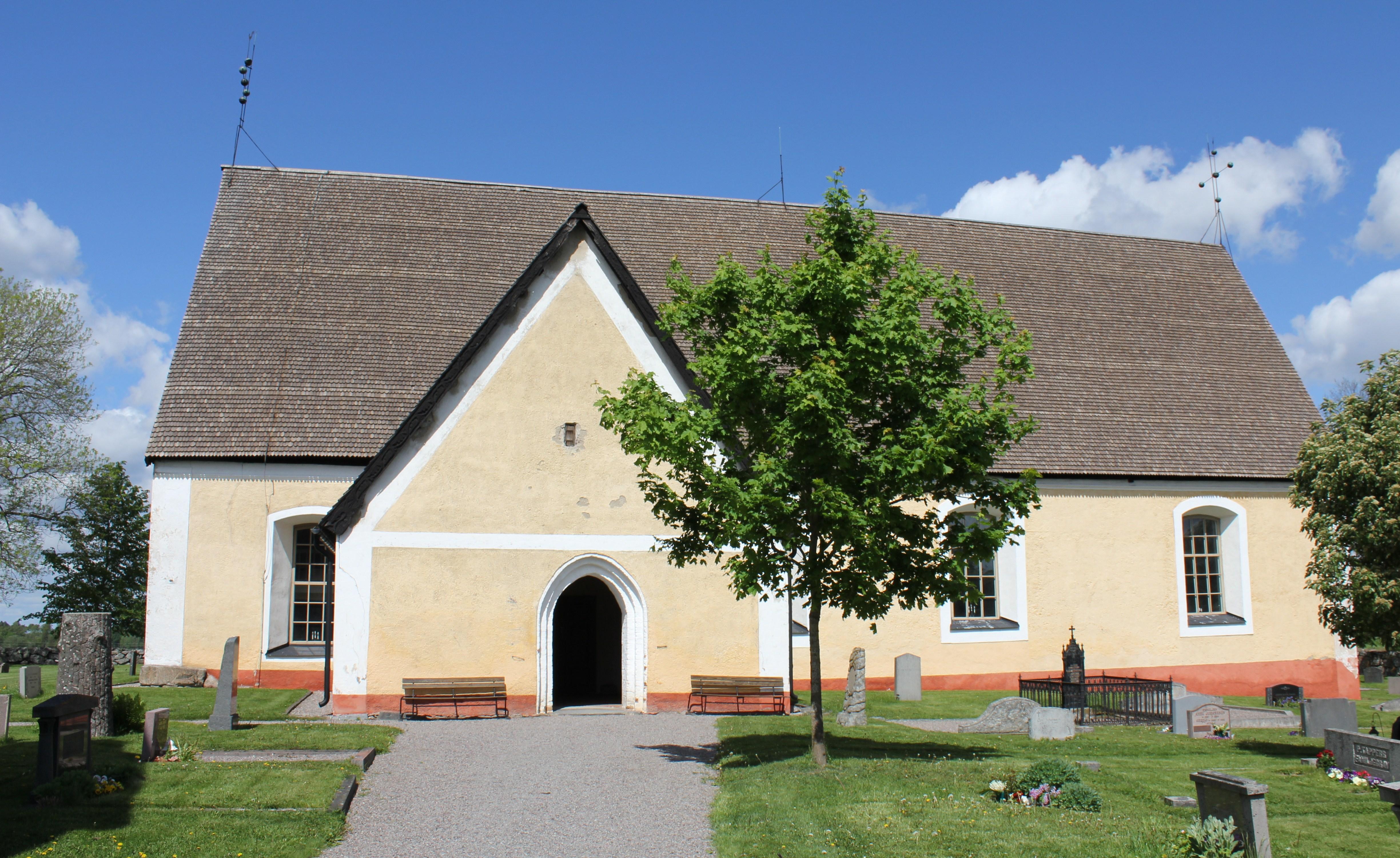 Arkeologisk schaktningsvervakning, Boglsa kyrka, Boglsa