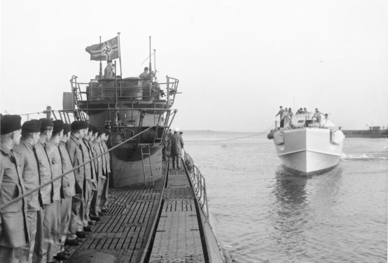 Deutsches U Boot Typ Xxi Mit Interieur Of File Bundesarchiv Bild 146 2005 0001 Albert Speer
