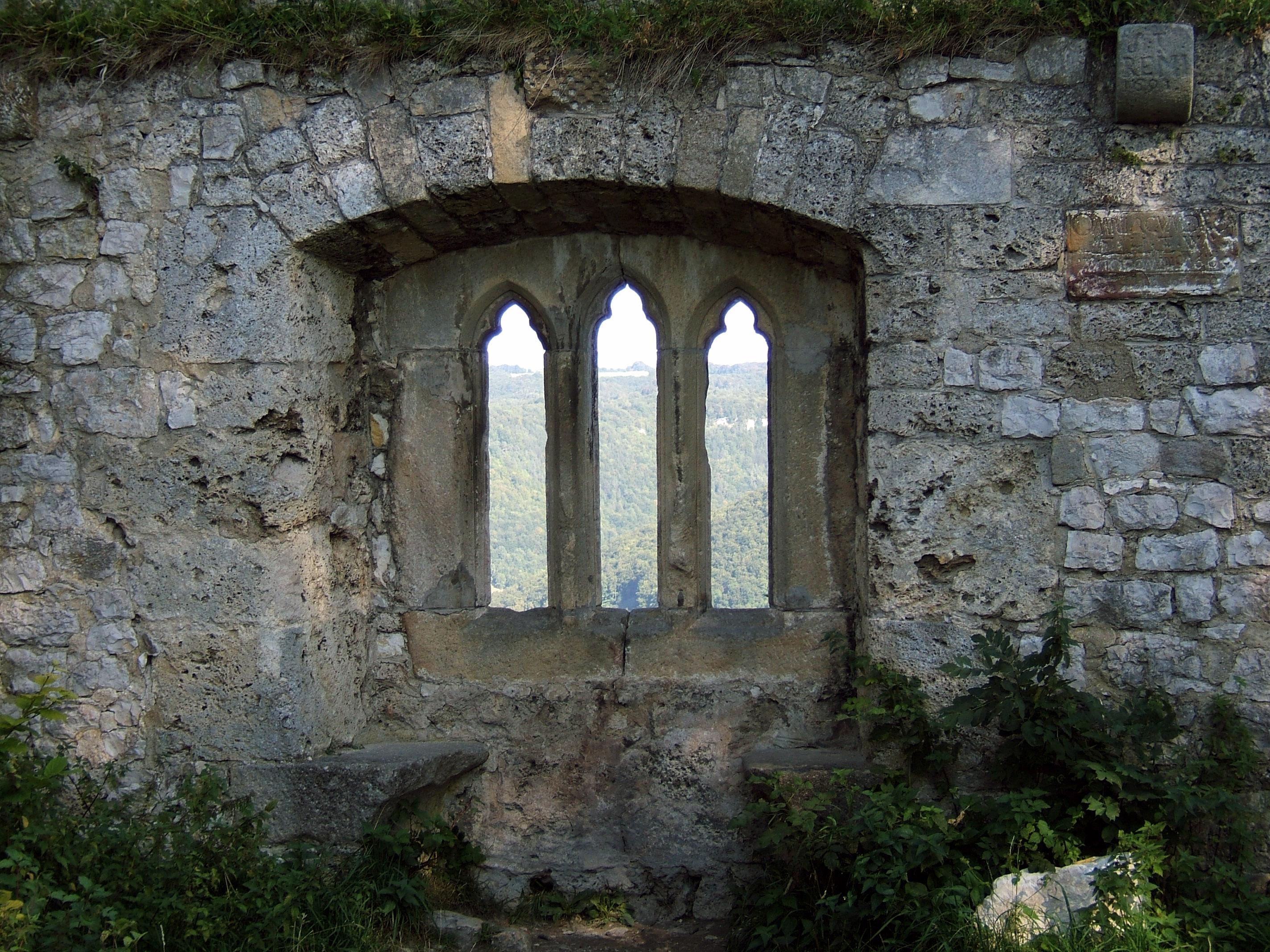 Fenster Bad Urach : DateiBurg Hohenurach 38 gotisches Fenster 02jpg – Wikipedia