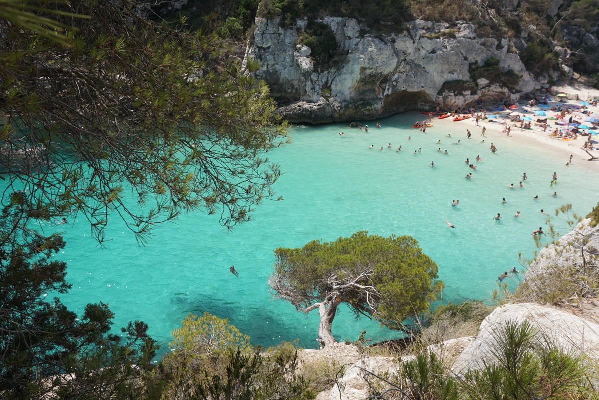 File:Cala Macarelleta em Menorca.jpg - Wikimedia Commons