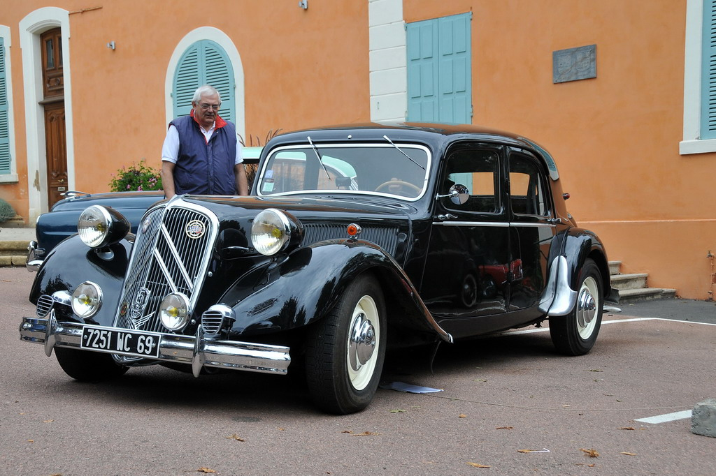 file citro n 15 traction avant 1951 flickr wikimedia commons. Black Bedroom Furniture Sets. Home Design Ideas