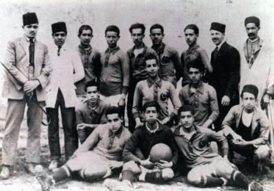 Photo de la composition du club en 1921 - Mouloudia Club d'Alger (football)