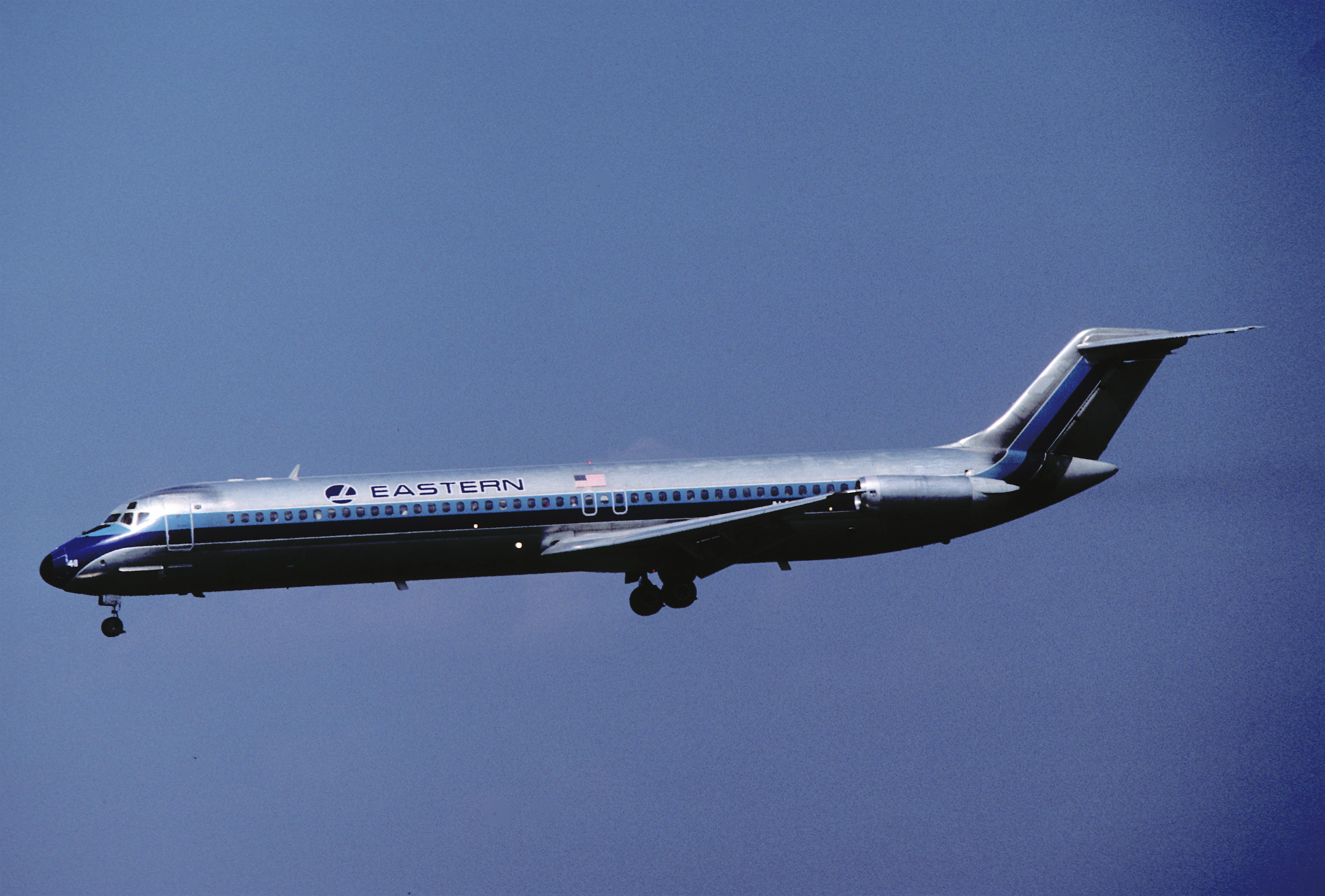 Eastern_Airlines_DC-9-51;_N411EA@LGA,_Ju
