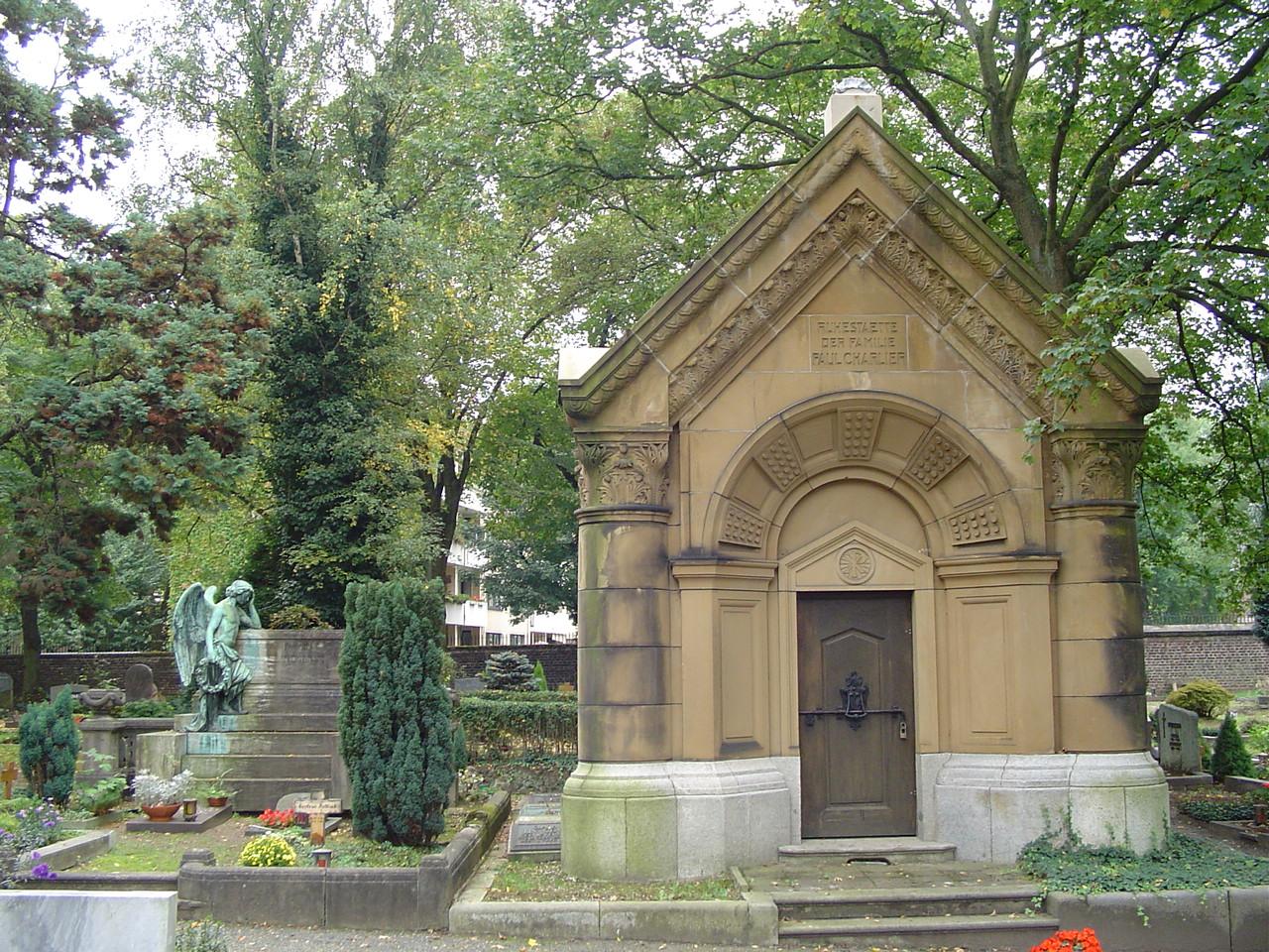 cologne m lheim protestant cemetery wikipedia. Black Bedroom Furniture Sets. Home Design Ideas