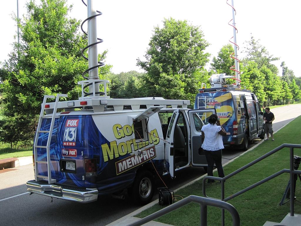 File:FOX13 Action News 5 Memphis TN 2011-07-07 001 jpg - Wikimedia