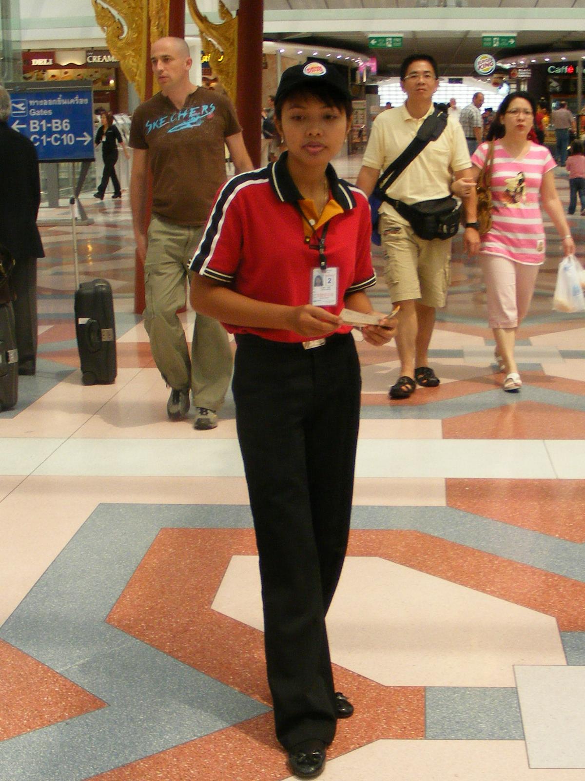 File:Female Burger King employee Suvarnabhumi Airport Thailand.JPG ...