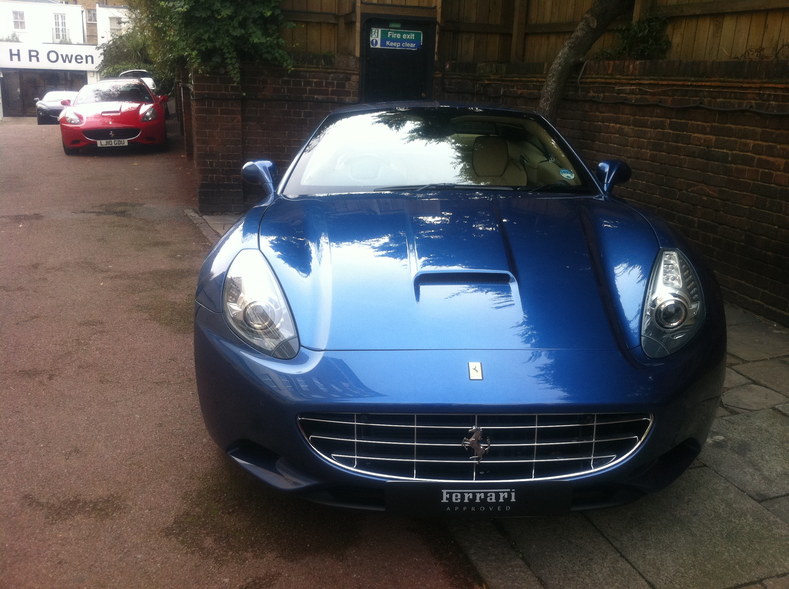 File Ferarri Ferrari California Blue 6389700419 Jpg Wikimedia Commons