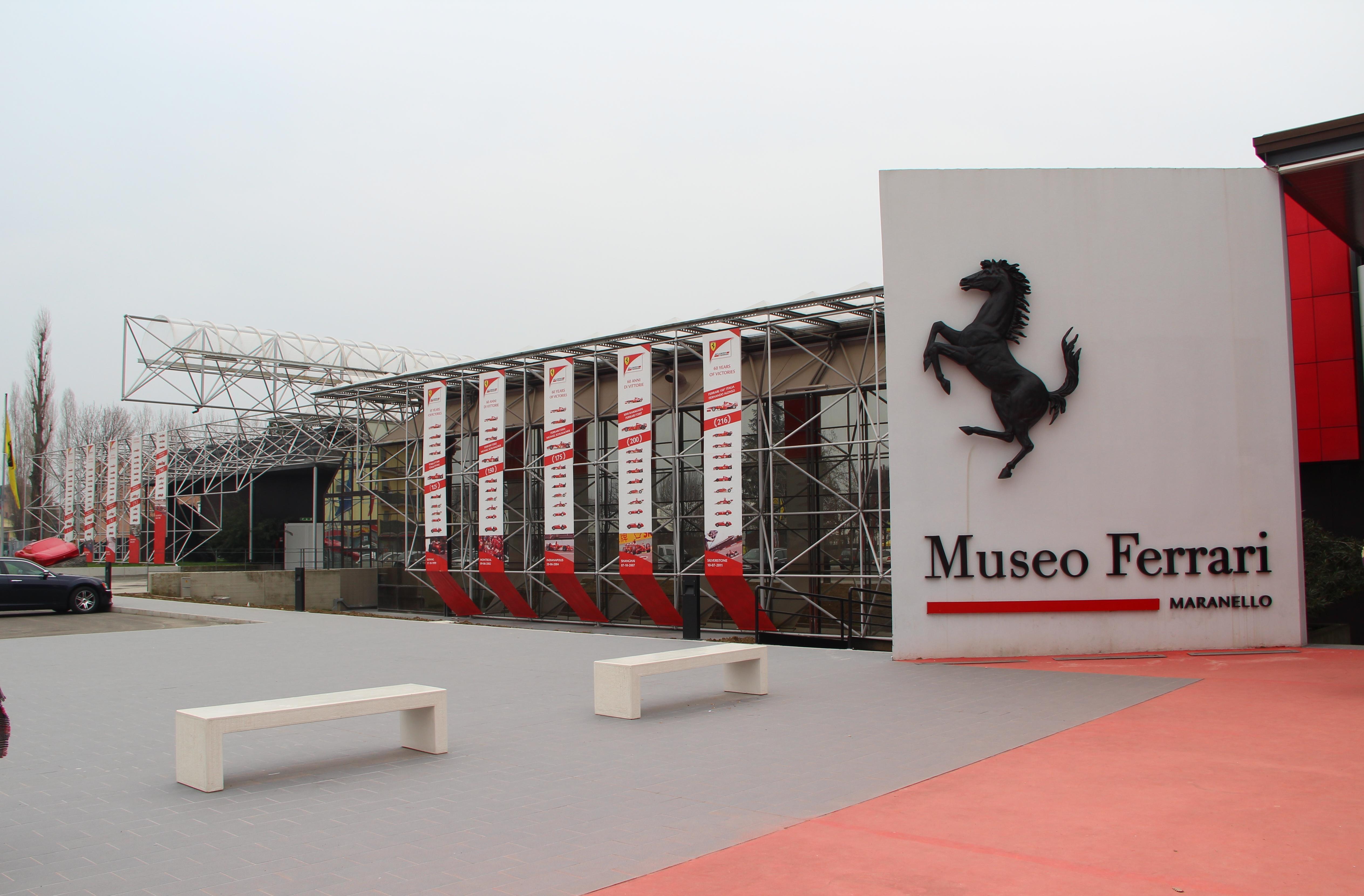 File Ferrari Museum Maranello 3 Jpg Wikimedia Commons