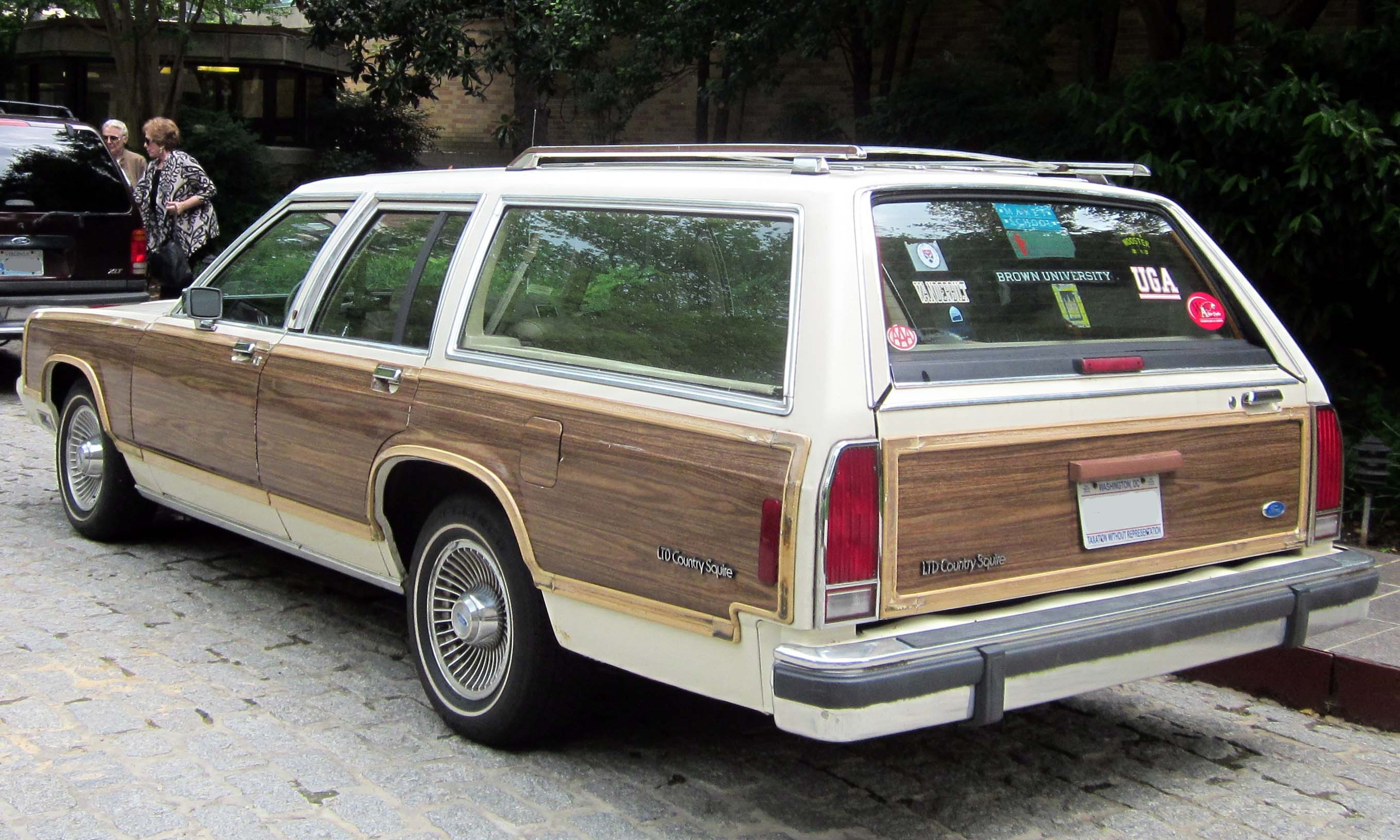 File ford ltd country squire 05 23 2012 rear jpg