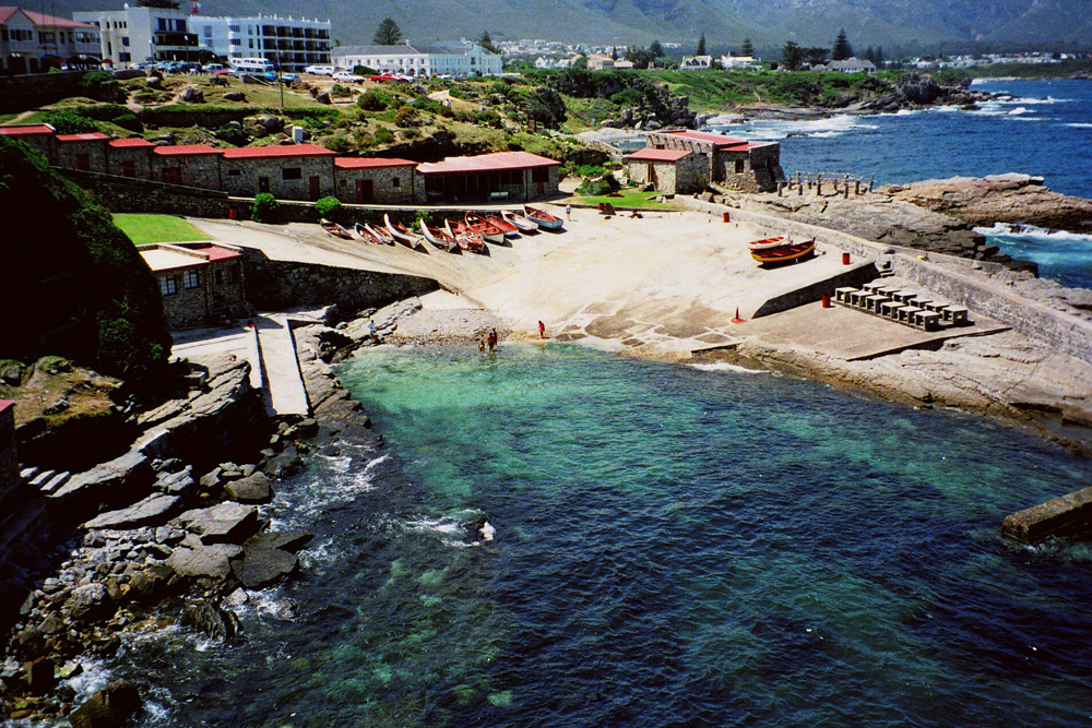 Hermanus South Africa  City new picture : Hermanus is a town on the southern coast of South Africa and is famous ...