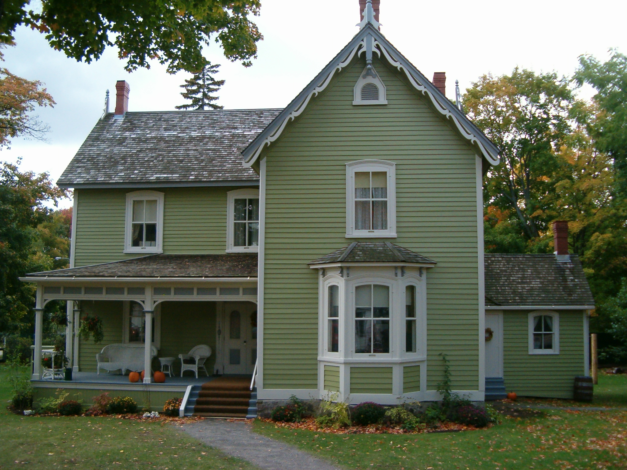 File historic house in fall2006 jpg - House images ...