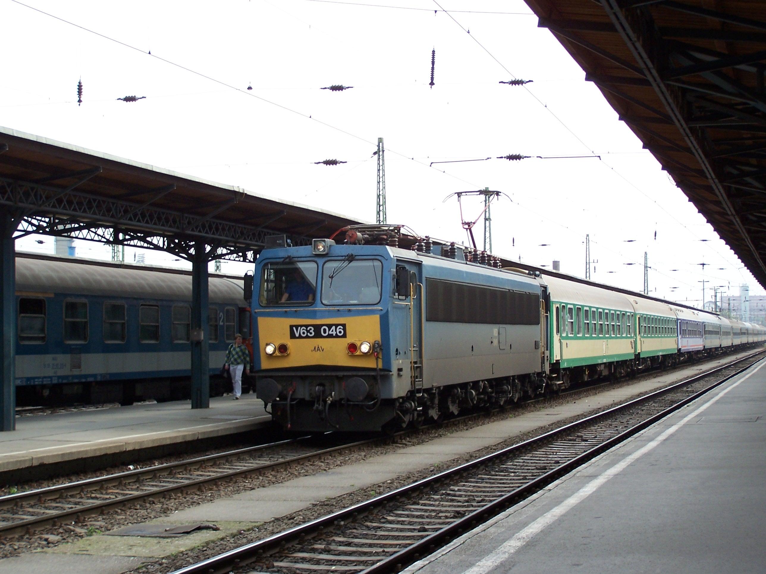 File:Hungarian State Railway MÁV-photo Roland von ... Railway