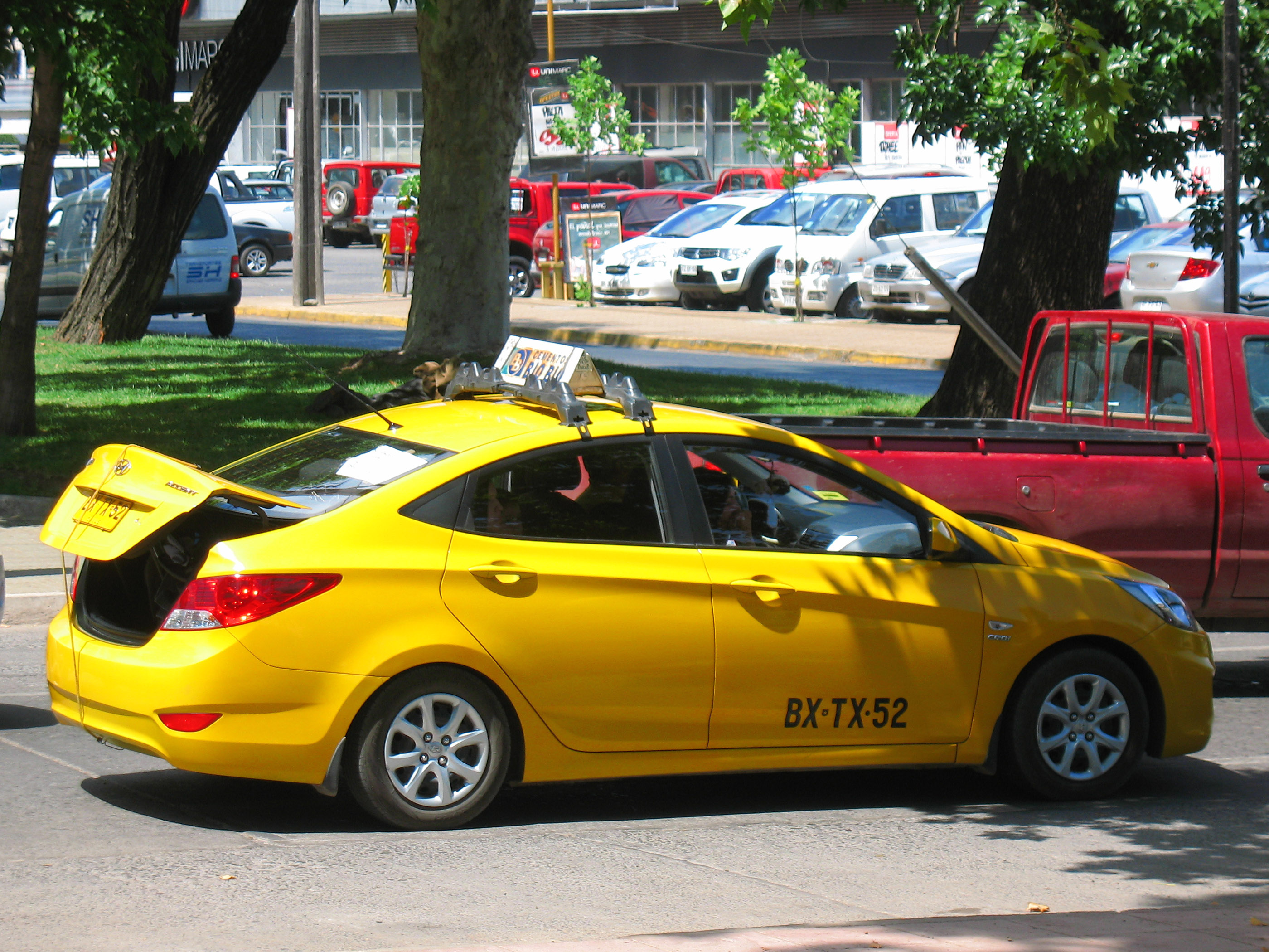 File Hyundai Accent Gl 1 5 Crdi 2010 11845535466 Jpg Wikimedia Commons