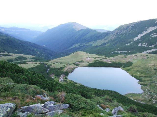 Fişier:Lacul Lala Mare.JPG
