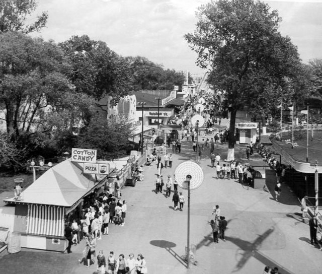 a history of riverview park History overview of riverview amusement park that operated for 63 years in des moines, iowa.