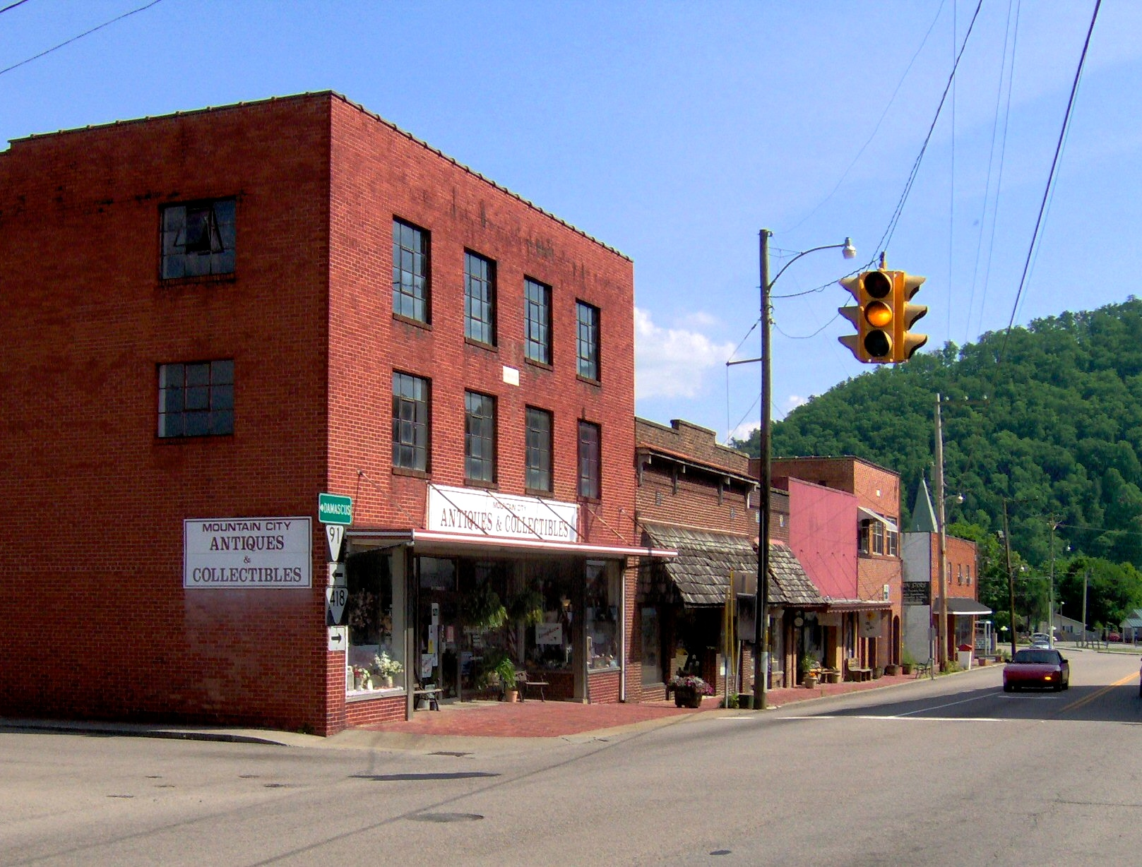 1000 images about mountain city tn my hometown on for Small towns in tennessee near memphis