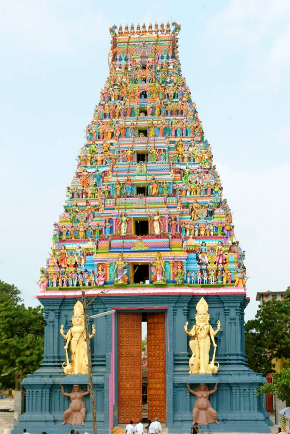 Kovil Raja Gopuram Raja Raja Gopuram Just After