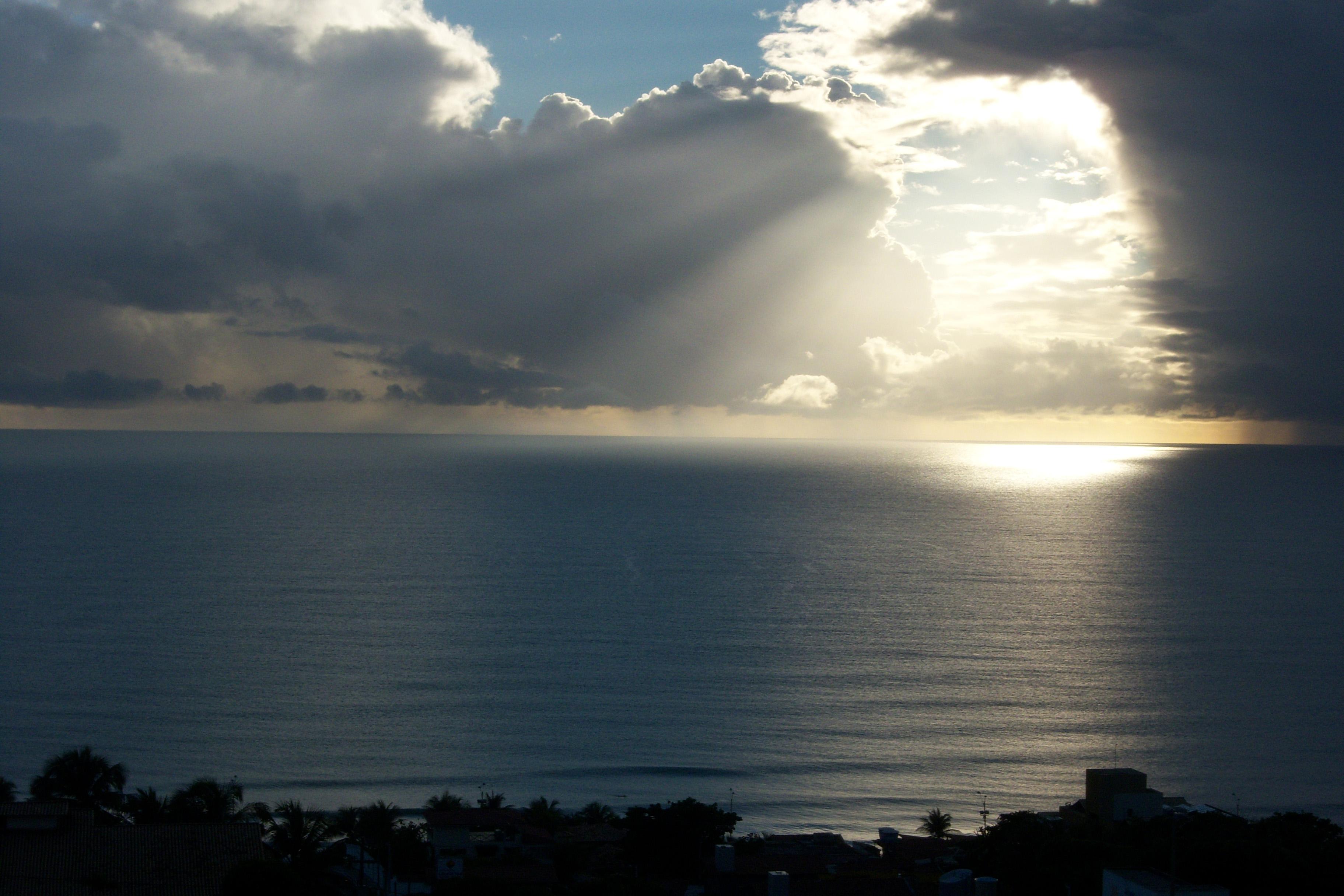 File:Nascer do sol Natal RN Brasil 02.JPG - Wikimedia Commons