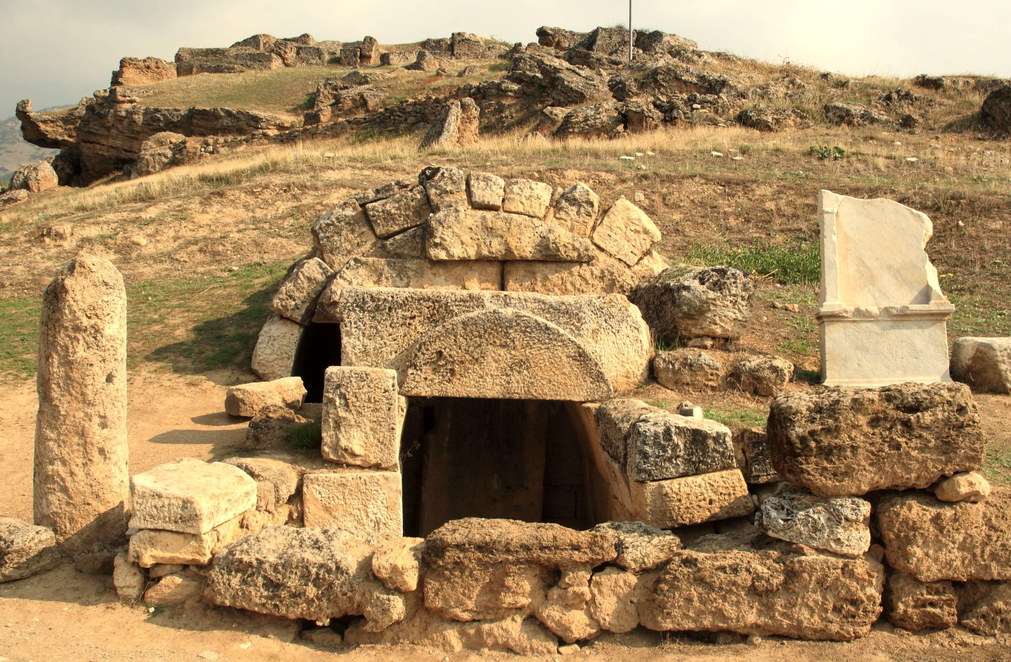 FileNecropolis At Hierapolis