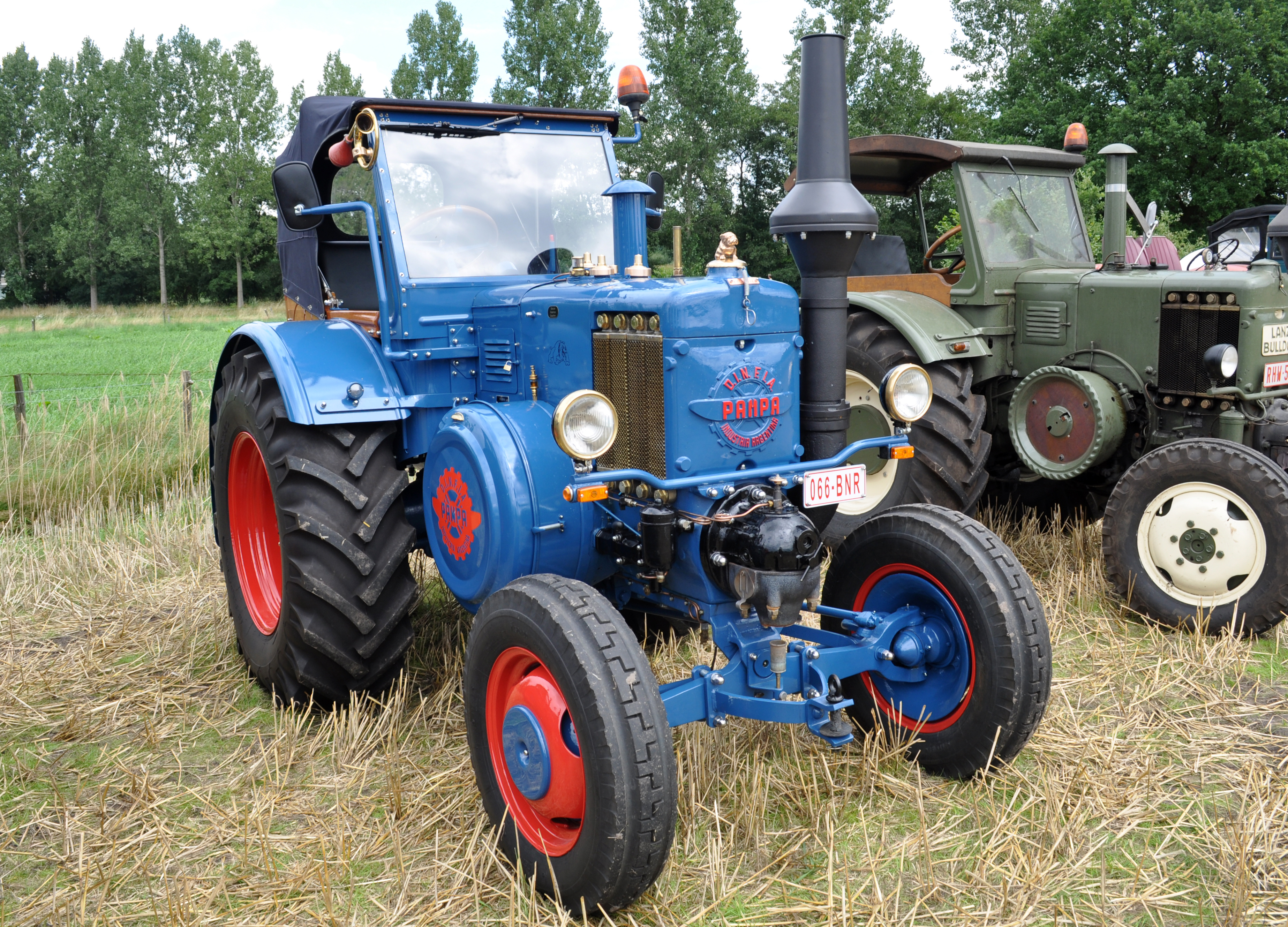 lanz bulldog with File P A T01 Lanz Bulldog Tractor on Skoda Liaz furthermore Unsere Oldtimers as well 4932227 lanz Eilbulldog Rood together with Watch as well Lanz Bulldog Bulldog Tractor 1537285.