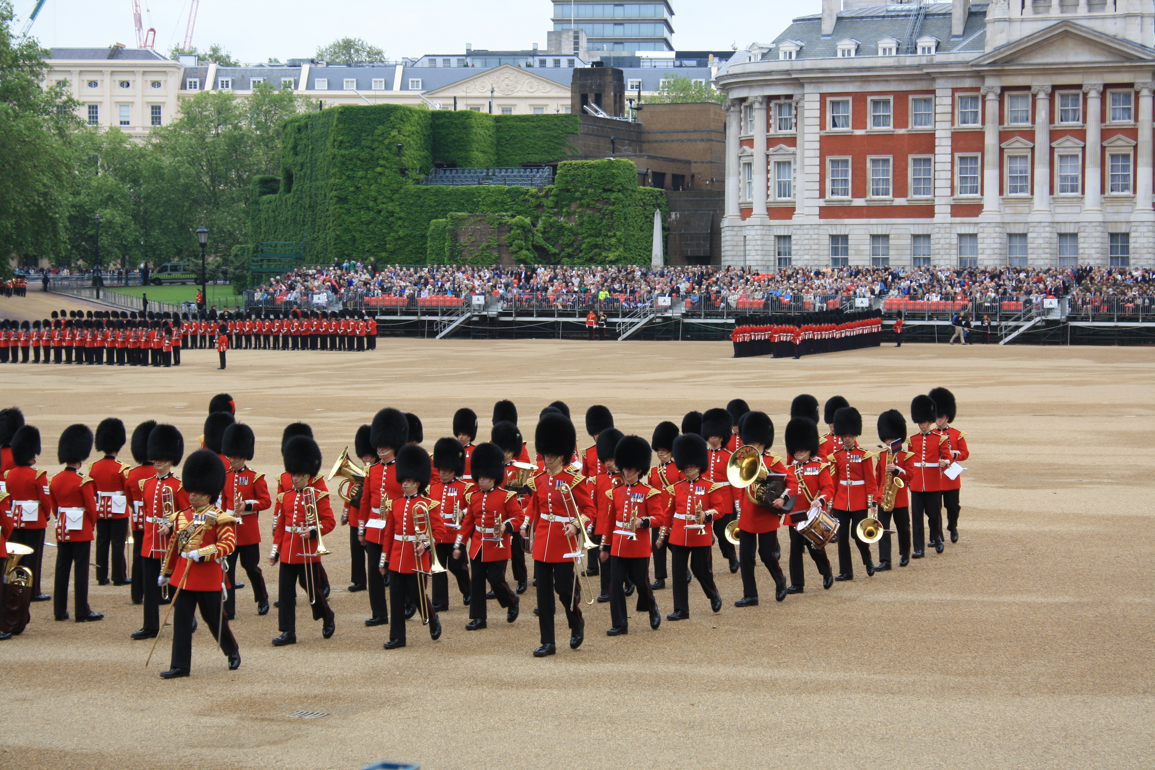 File:Rehearsal of the Queen's Birthday parade, 3 June 2012 ...