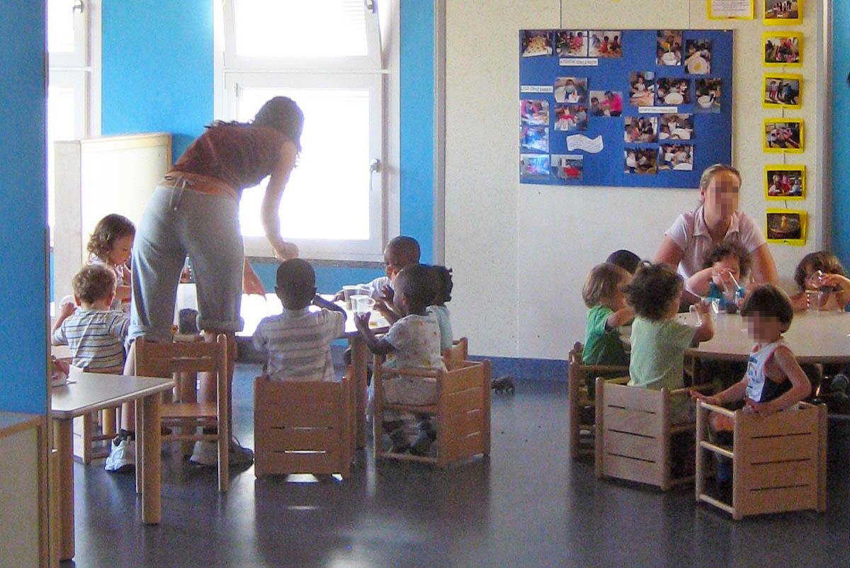 reggio emilia and montessor pedagogy approaches Provides an overview and a comparison of montessori education and the reggio emilia  designs from italy: montessori education and  approaches are.
