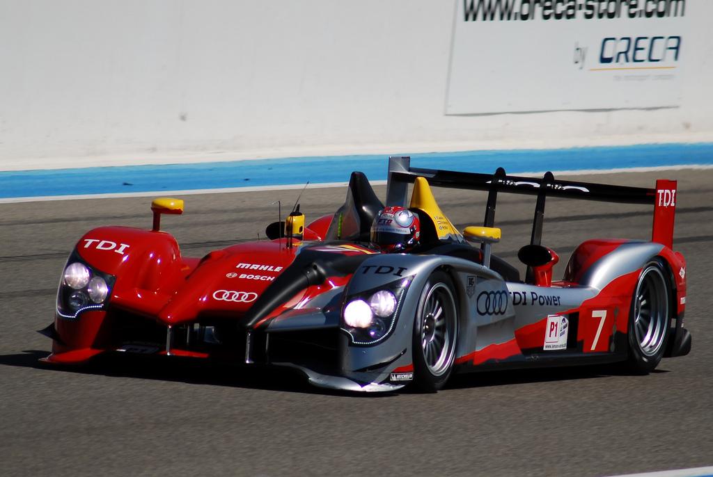 File The 7 Audi R15 Tdi Plus Of Audi Sport Team Joest