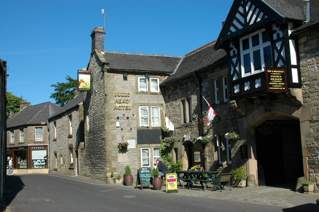 The Bulls Head Hotel in Youlgreave - geograph.org.uk - 709145