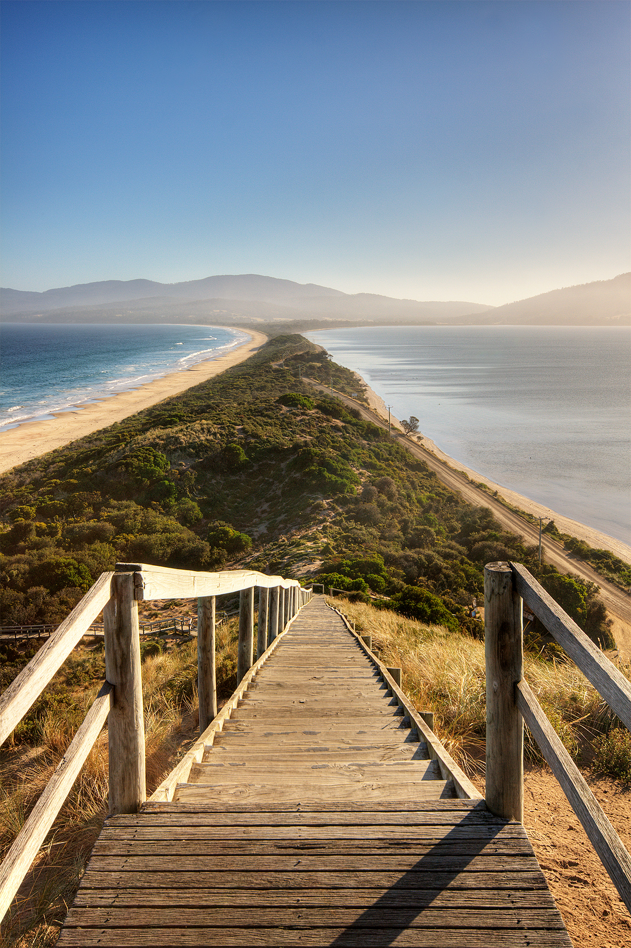 Wikimedia Commons: File:The Neck Bruny Island.jpg