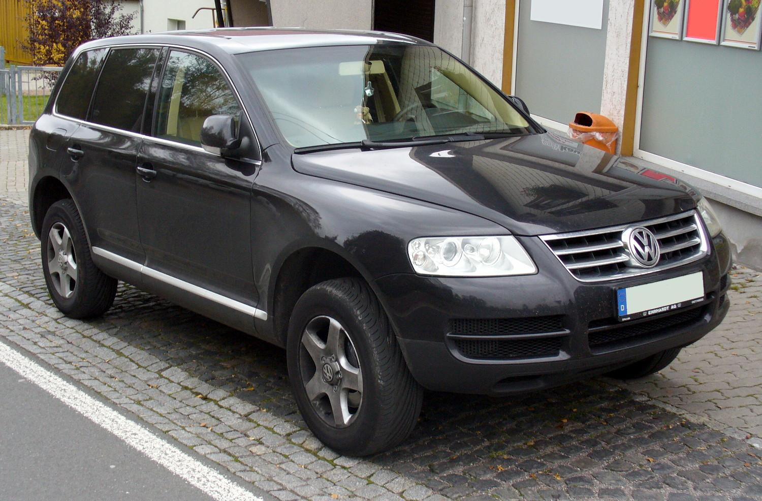 2015 volkswagen tiguan with File Vw Touareg Black on 2950 Tuning Porsche 944 Turbo together with Watch furthermore Viewtopic as well 048 I204049276 also Fahrbericht Neuer Vw Touran 2 0 Tdi.