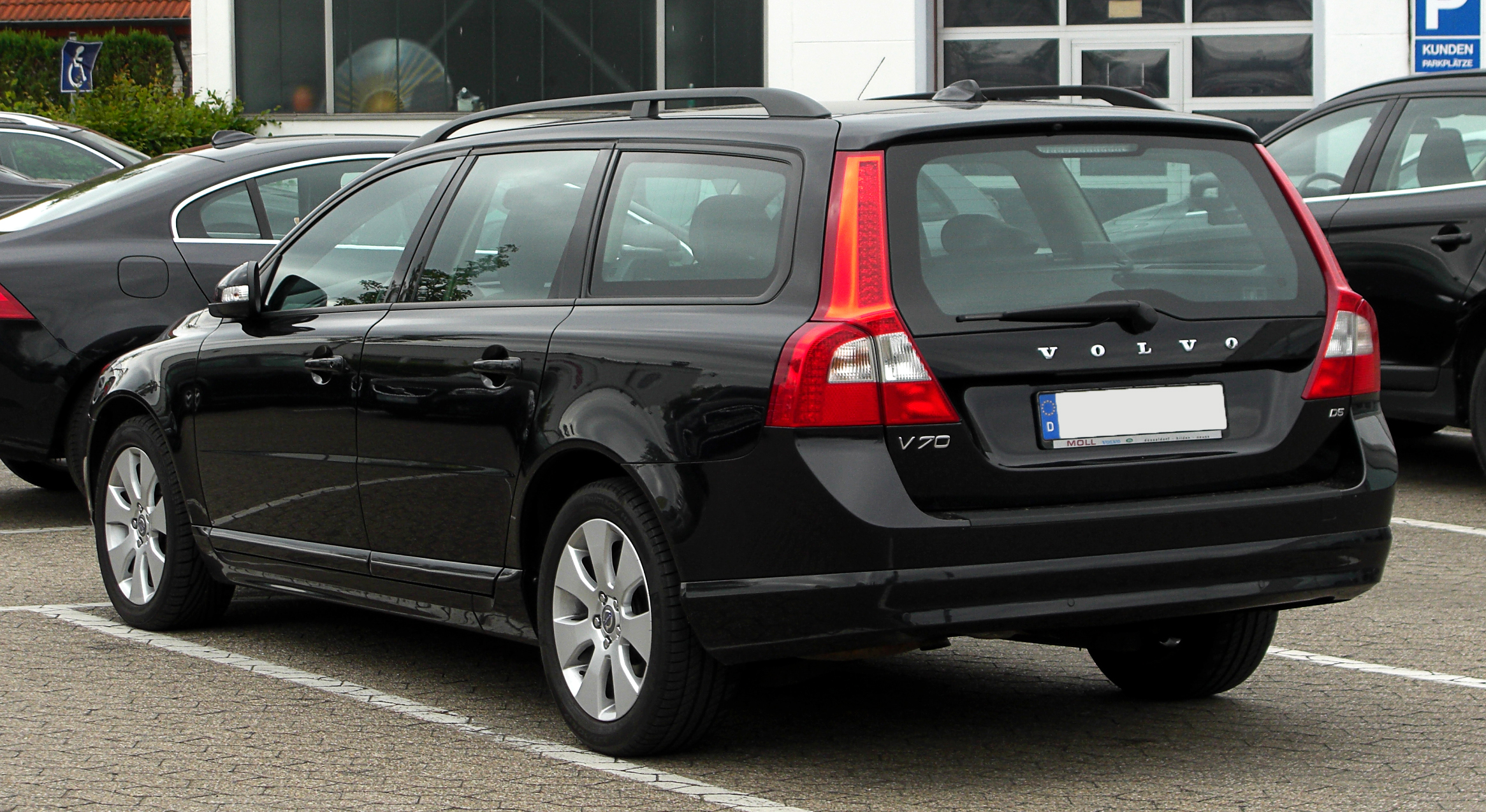 file volvo v70 d5 iii heckansicht 28 mai 2011. Black Bedroom Furniture Sets. Home Design Ideas