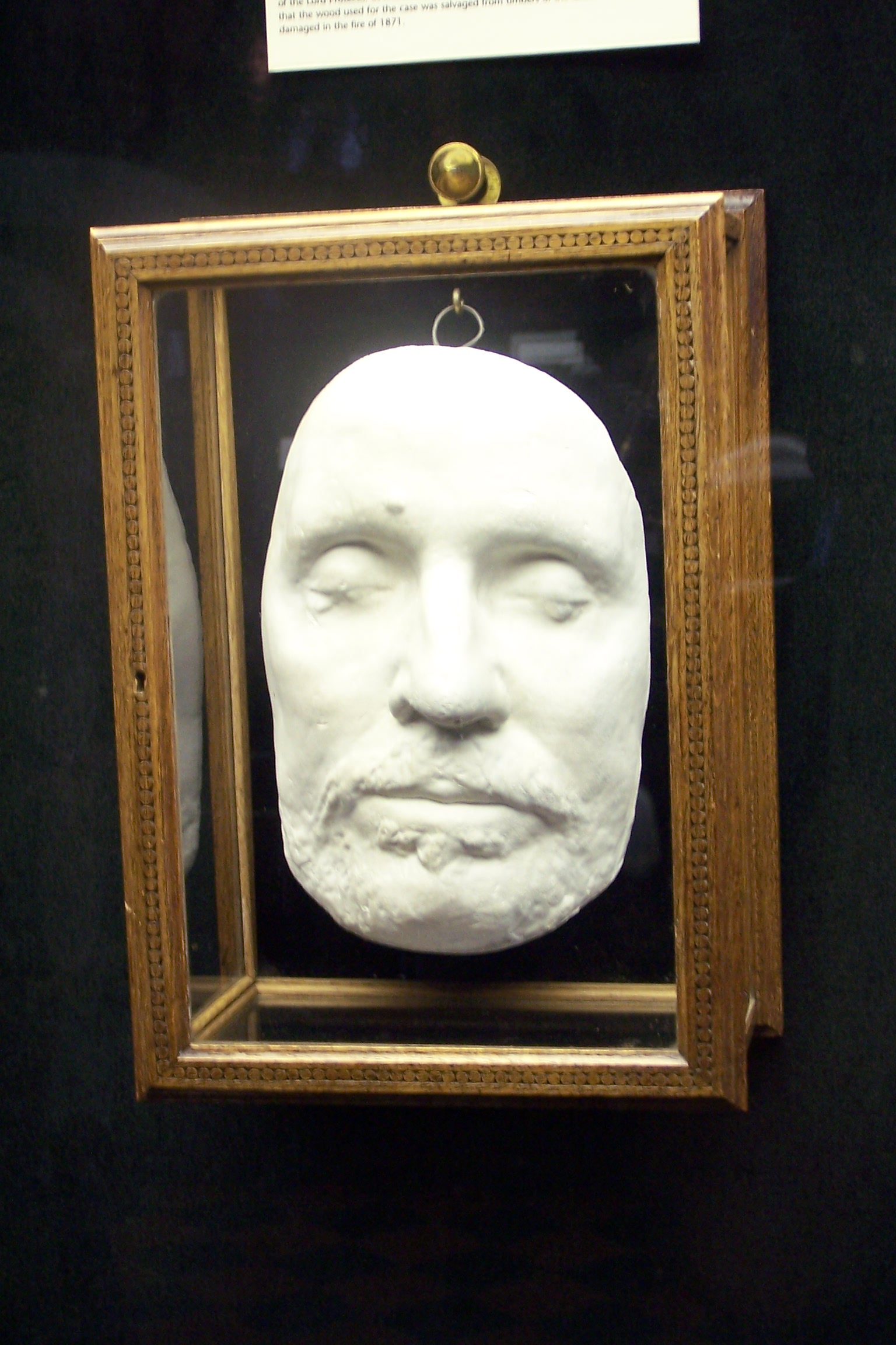 The death mask of Oliver Cromwell