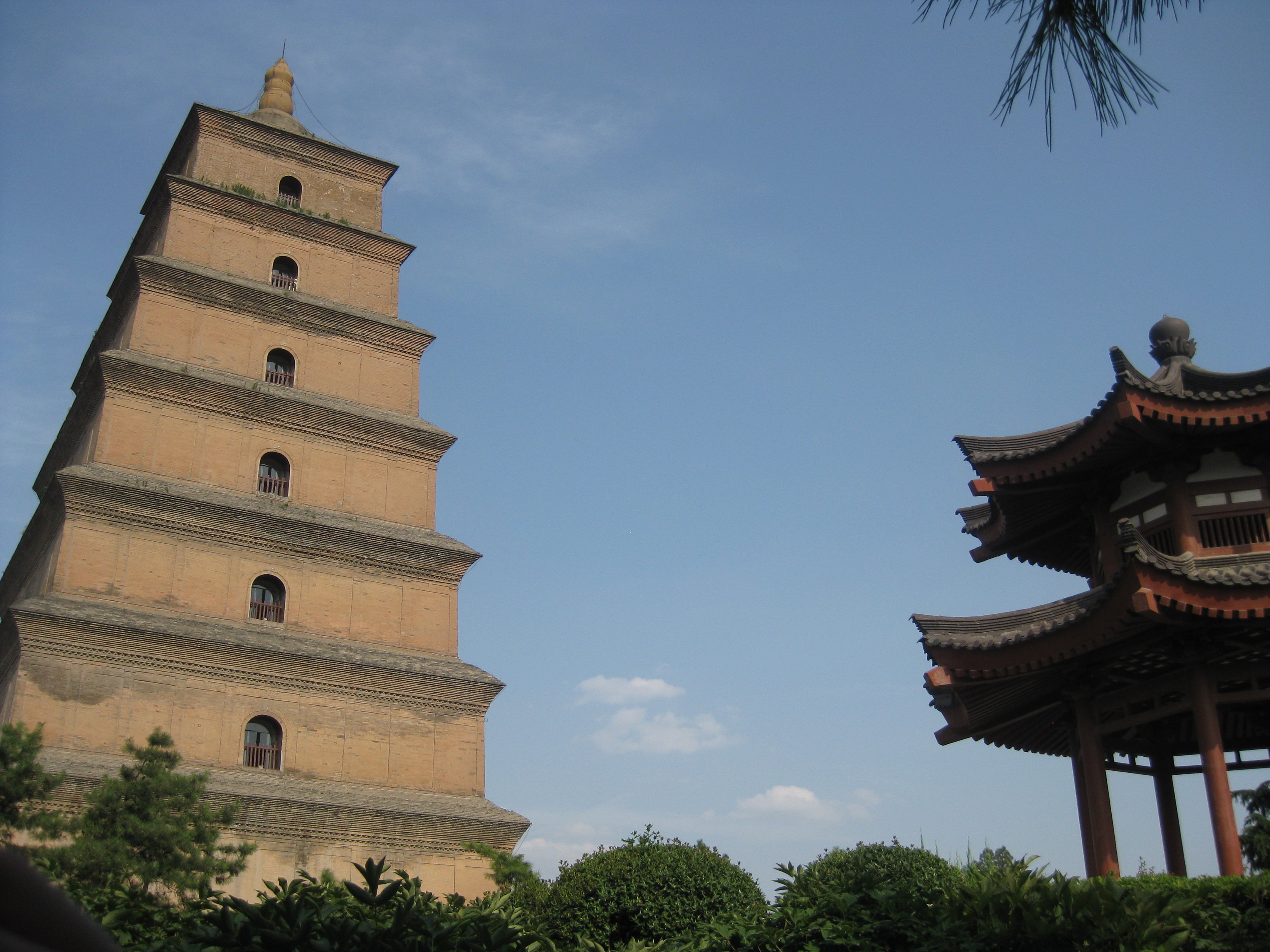 The Wild Goose >> File:Wild Goose Pagoda in Xi'an, China.JPG - Wikimedia Commons