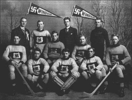 old black-and-white photo of a men's hockey team