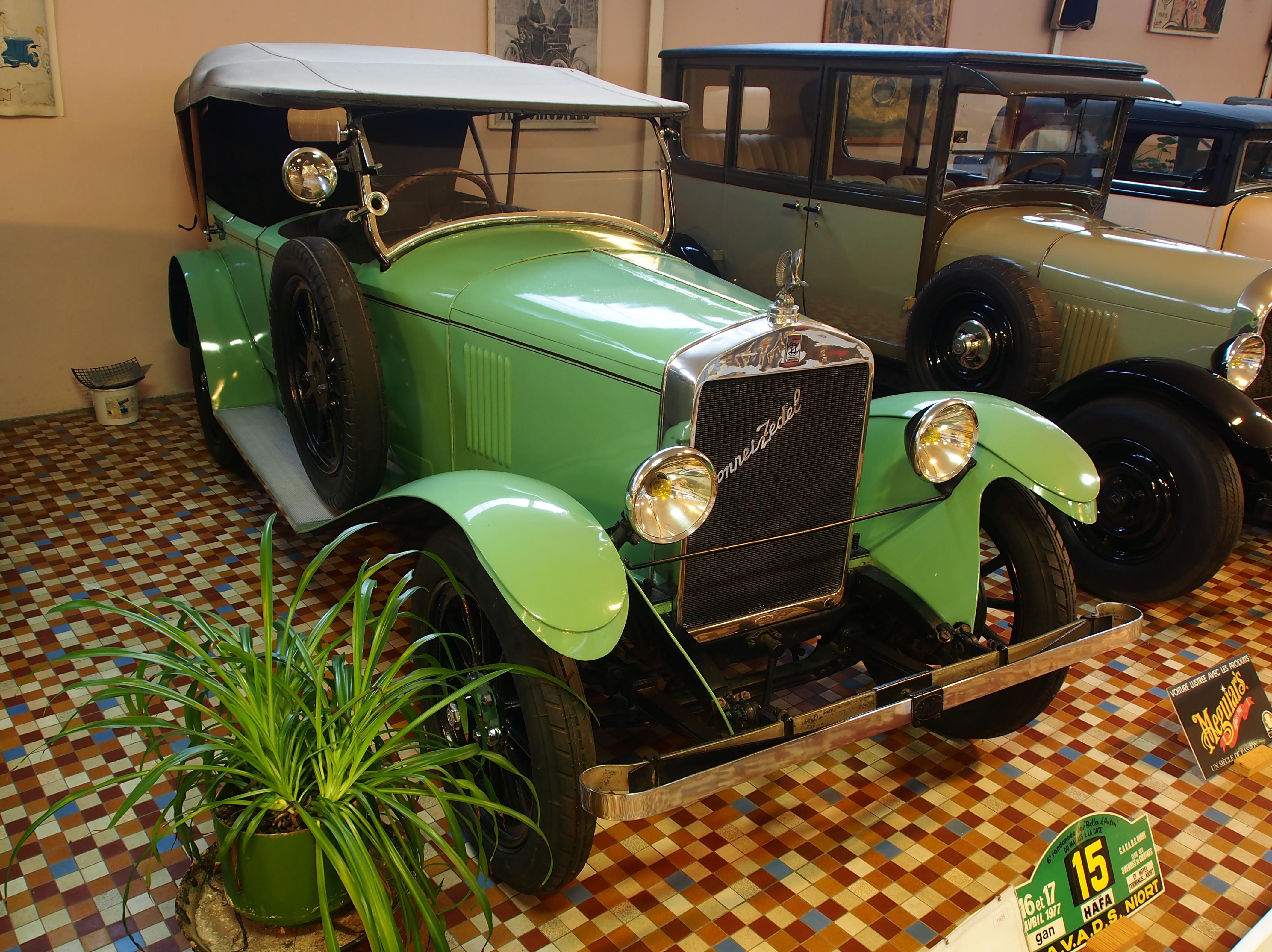 file 1925 donnet zedel c16 4 cyl 11cv tourer at the mus e automobile de vend e pic 1 jpg. Black Bedroom Furniture Sets. Home Design Ideas