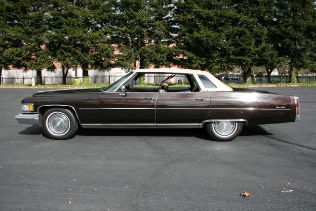 File 1975 Cadillac Sedan Deville Left Jpg Wikimedia Commons