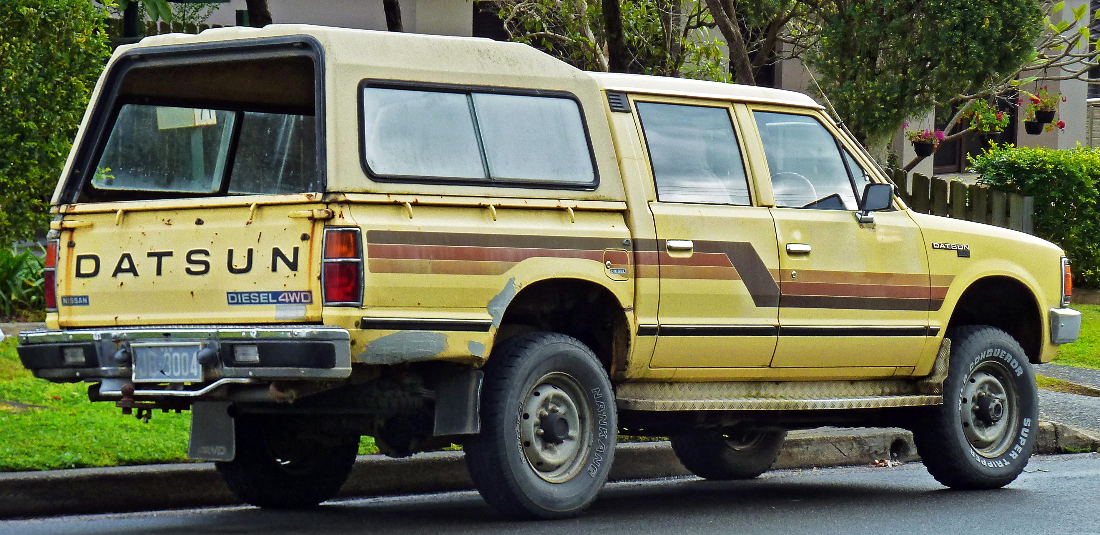 File 1983 1984 Datsun 720 4wd 4 Door Utility 2011 07 17