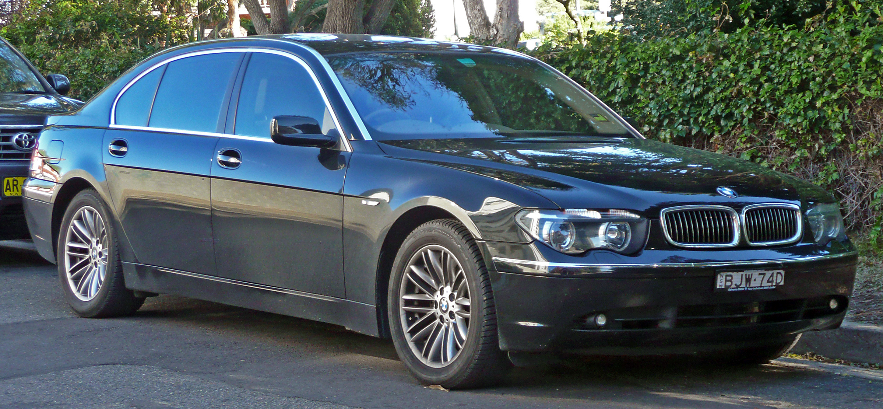 Second Hand 2004 Bmw 735li Car For Sale With Very Good