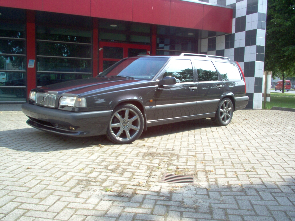 volvo 850r t5r bumper and 17 inch wheels wanted rms. Black Bedroom Furniture Sets. Home Design Ideas