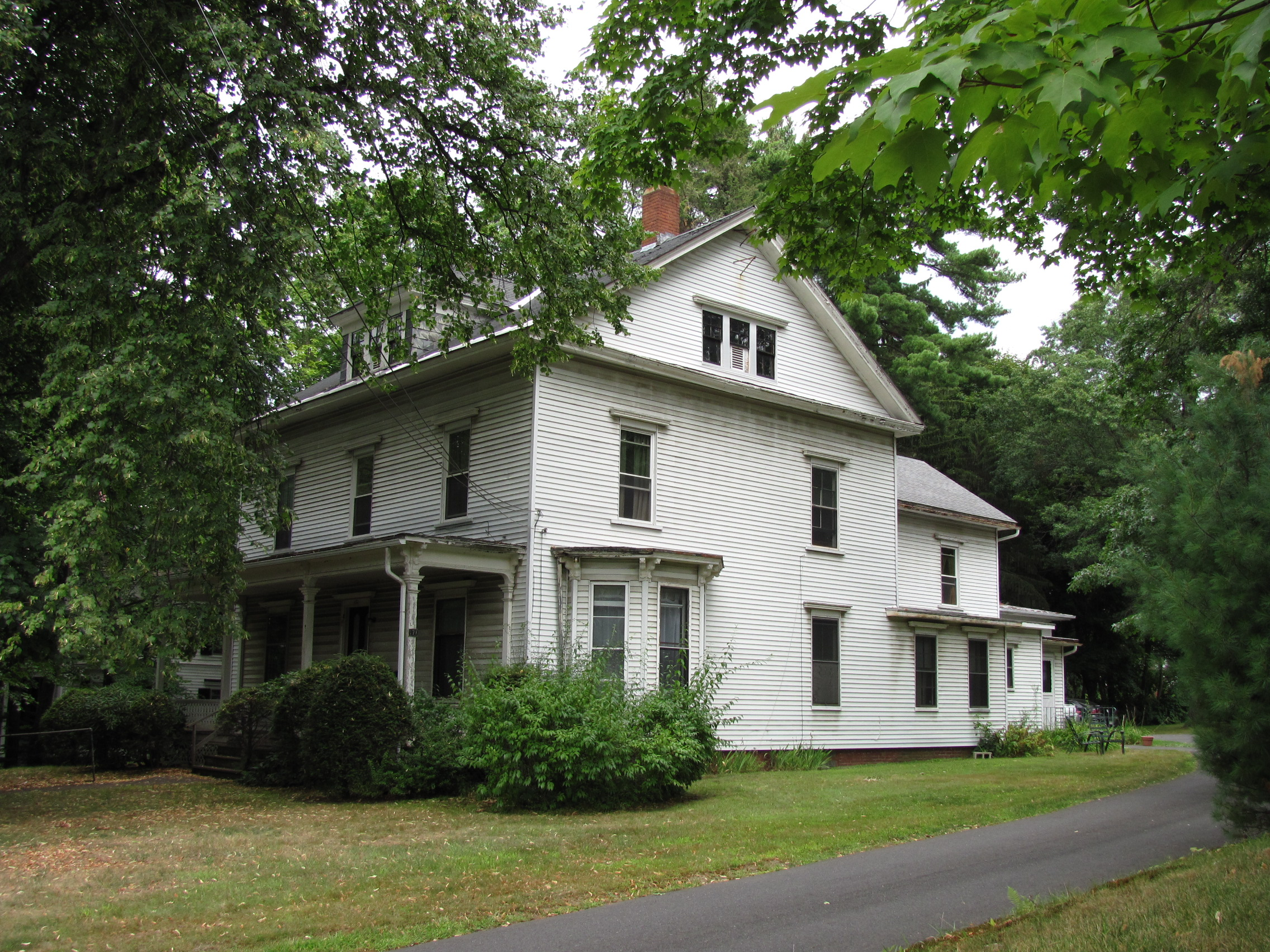 File A House On Lincoln Ave Amherst Ma Jpg Wikimedia