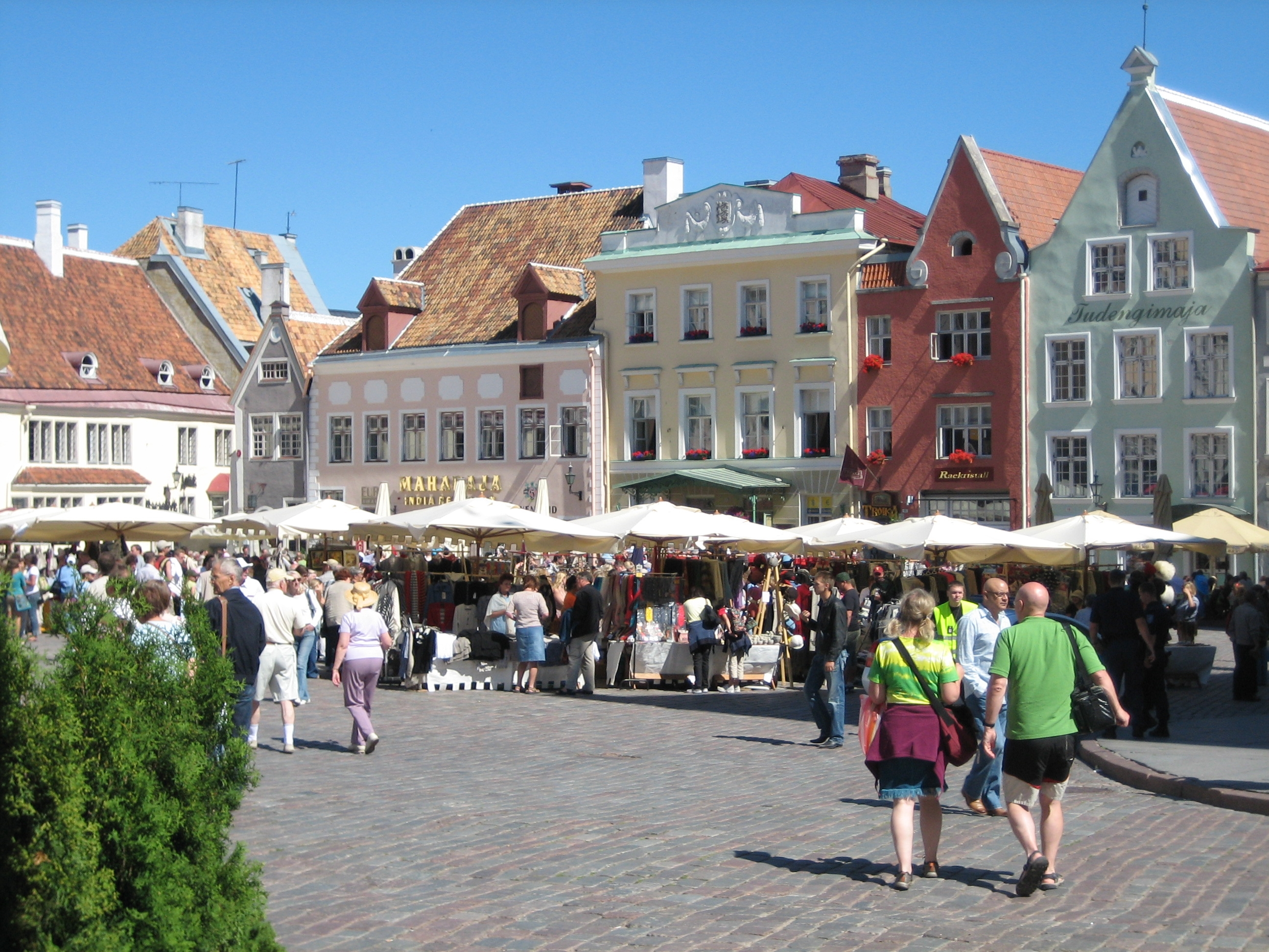 file a market place in the historical old town of tallinn. Black Bedroom Furniture Sets. Home Design Ideas