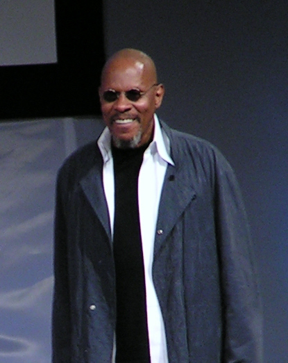 Avery_Brooks.jpg